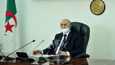 Photo of Covid-19: Le président Tebboune préside une séance de travail consacrée à la situation sanitaire dans le pays