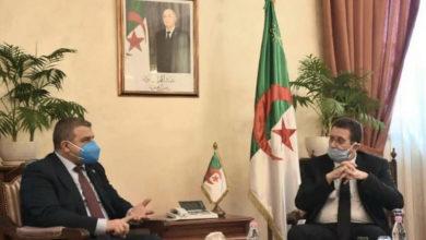 Photo of Agriculture : Hemdani reçoit le représentant de la FAO en fin de mission en Algérie