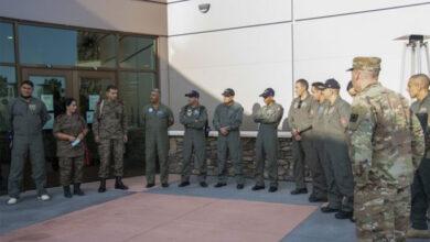 Photo of Programme de formation militaire tuniso-américain en matière d'extinction des incendies et d'évacuation sanitaire aérienne