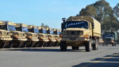 Photo de Algérie -Industrie mécanique militaire: livraison de 389 camions multifonctions Mercedes-Benz à Alger