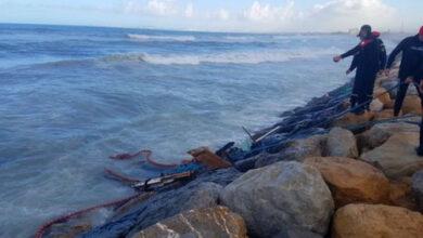 Photo of Naufrage d'un chalutier dans la baie d'Alger : poursuite des opérations de recherche de deux marins pêcheurs