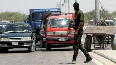 Photo of Des affrontements éclatent à Mogadiscio entre partisans et détracteurs du Président somalien – images