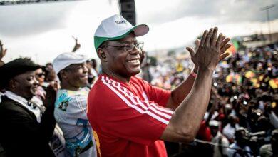 Photo of Au Cameroun: Maurice Kamto a-t-il jeté l'éponge?