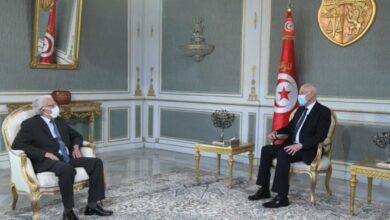Photo of Saïed reçoit le Secrétaire général adjoint et président du Centre de la Ligue arabe à Tunis