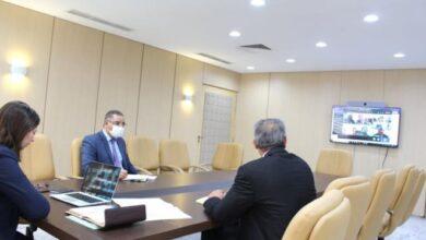 Photo of Coronavirus : Ben Slimane s'entretient avec des procureurs généraux sur le fonctionnement des tribunaux