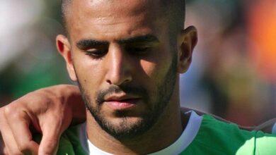Photo de «Tribunal populaire» d'une star du football algérien qui s'est affichée avec un mannequin