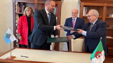 Photo de Signature d'un mémorandum d'entente entre l'Algérie et Saint-Marin
